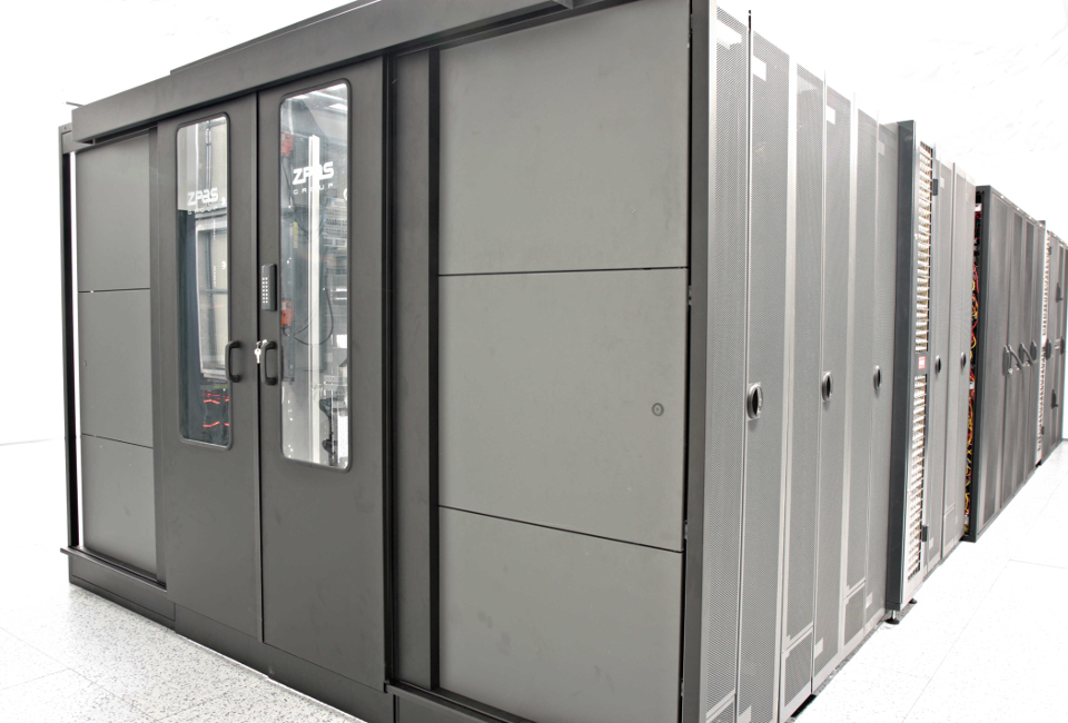 Colocation in rack cabinets